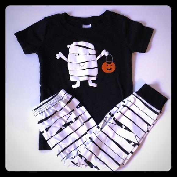 3 for 30 gymboree halloween pajamas